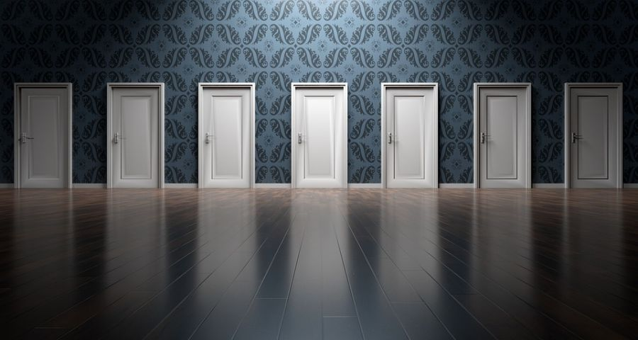 doors-1767562_960_720_pixabay.jpg